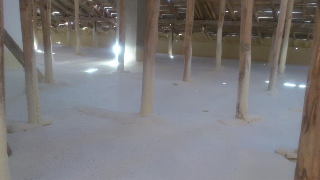 poliüretan sprey çatı arası zemin uygulaması
